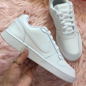 New Nike Women's Ebernon Low